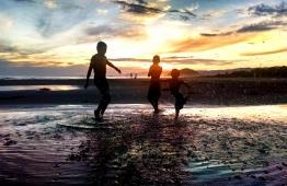 Crianças Brincando - Boraceia - Litoral Norte - SP