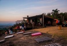 viajando-de-barraca-pedra-bela-vista-socorro-5
